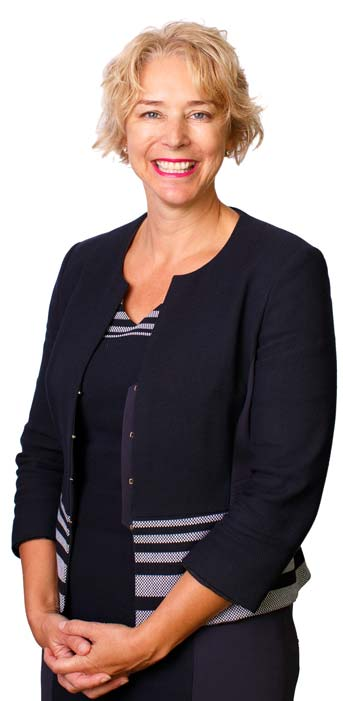 Mariana von-Lucken tax consultant